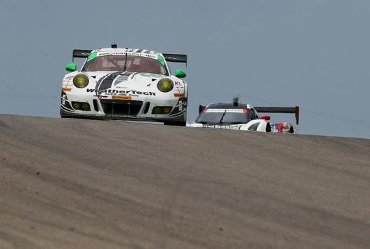 weathertech racing seventh at canadian tire motorsport